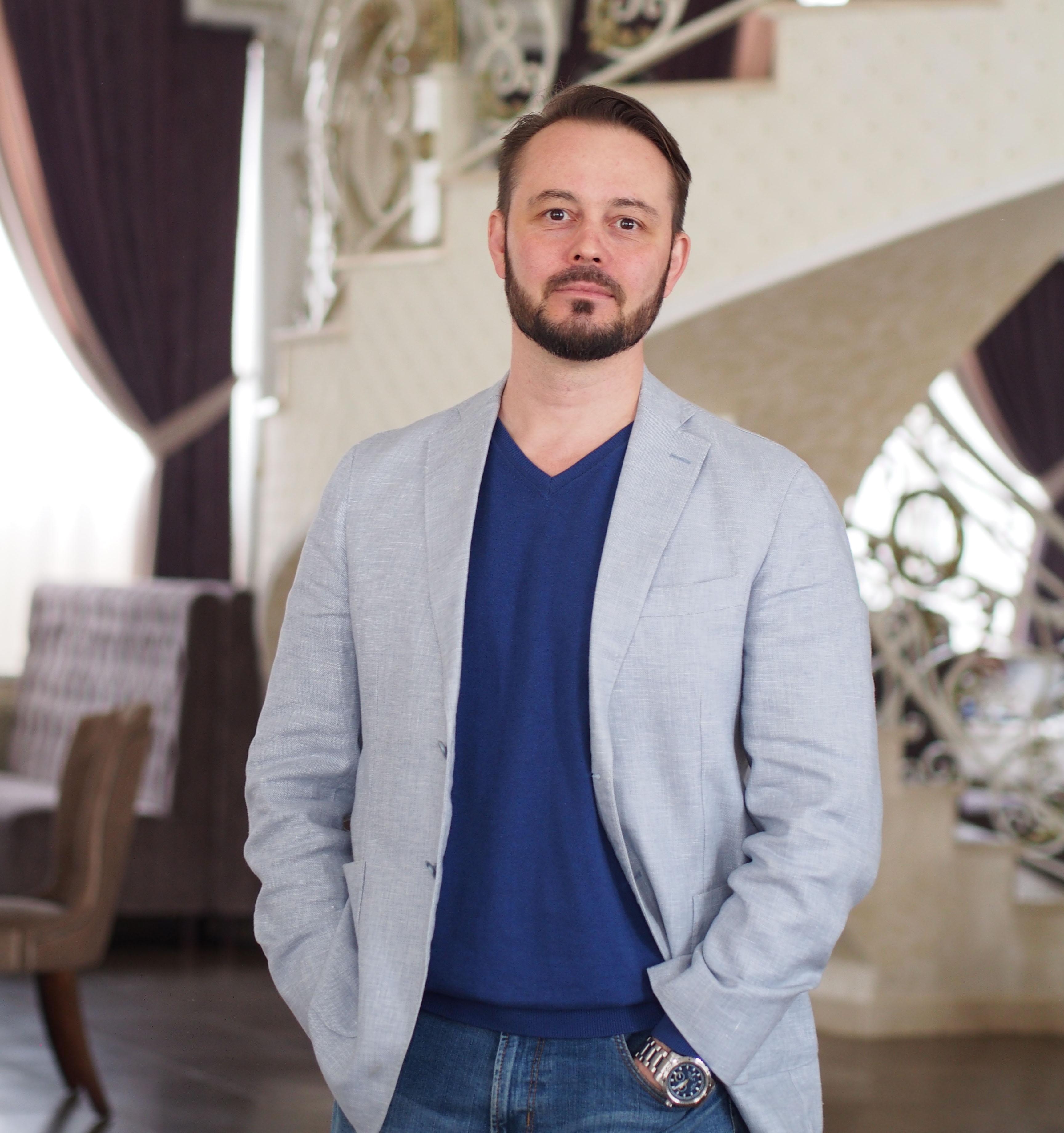 Антон Поспелов, дизайнер интерьера
